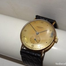 Relojes de pulsera: ANTIGUO RELOJ DE PULSERA CARGA MANUAL ORO 18 KL. MARCA UNIVERSAL GENEVE . ESTADO DE MARCHA 4X3,5 CM.. Lote 278883793