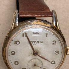 Relojes de pulsera: RELOJ MARCA TITAN 15 RUBIS. CARGA MANUAL EN FUNCIONAMIENTO. Lote 295513078