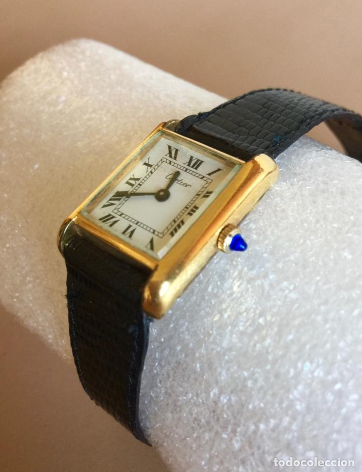 Relojes - Cartier: CARTIER RELOJ DE PULSERA ORO CHAPADO CON 2 CORREAS DE PIEL DE LAGARTO Y CORONA ZAFIRO - Foto 2 - 285317753