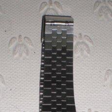 Relojes - Casio: CURIOSO RELOJ VINTAGE CASIO W-E10 ILLUMINATOR CON LA HORA AL REVÉS. CON PILA Y FUNCIONANDO. RETRO.. Lote 37819829