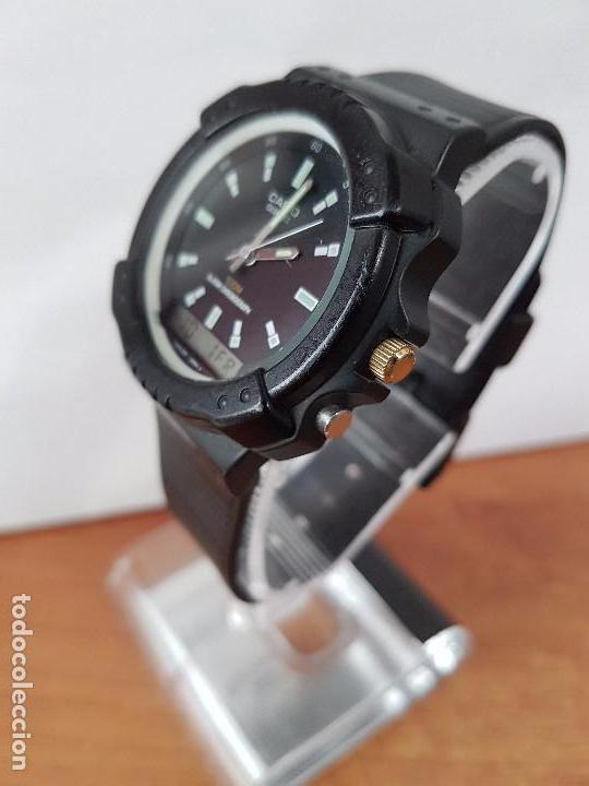 Relojes - Casio: Reloj de caballero Casio (Vintage) de los años 80 analógico y digital con correa de goma nueva. - Foto 5 - 61627492