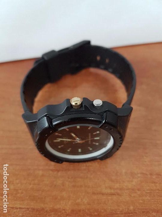 Relojes - Casio: Reloj de caballero Casio (Vintage) de los años 80 analógico y digital con correa de goma nueva. - Foto 10 - 61627492