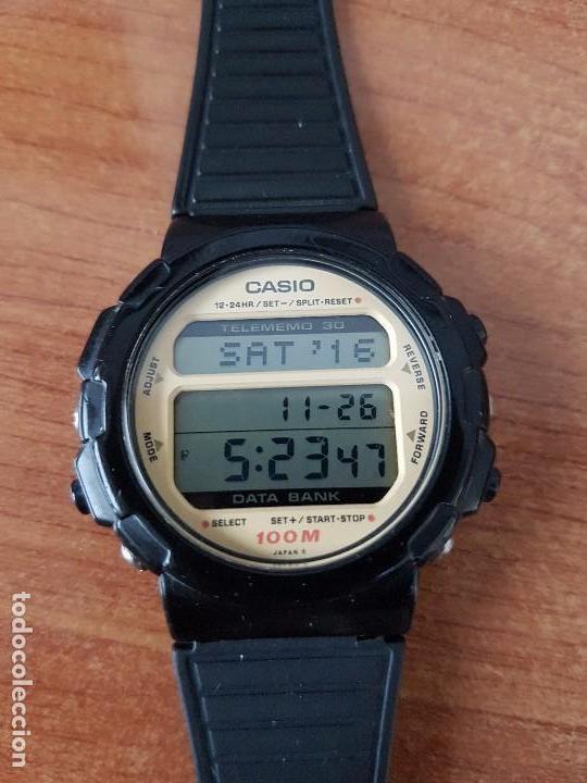Relojes - Casio: Un reloj de caballero (Vintage) Casio calibre DGW-30 módulo 976, fabricación 1980, correa goma - Foto 2 - 67690641