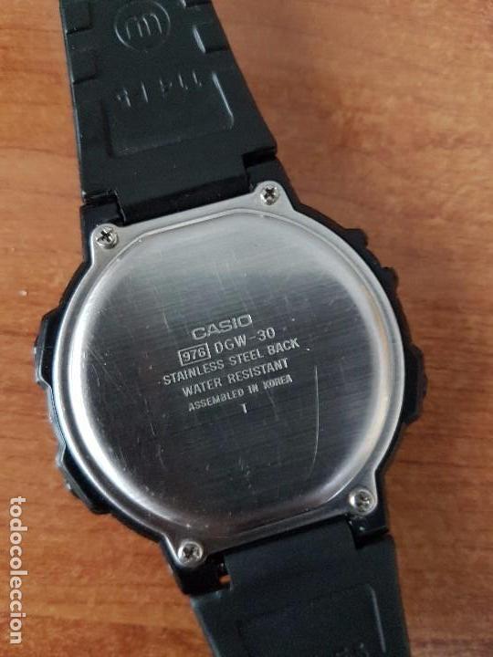 Relojes - Casio: Un reloj de caballero (Vintage) Casio calibre DGW-30 módulo 976, fabricación 1980, correa goma - Foto 9 - 67690641