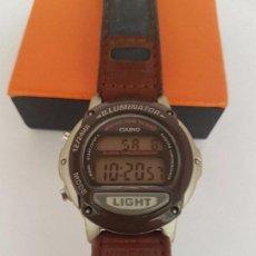 Relojes - Casio: RELOJ DE CADETE CASIO CON CORREA DE CUERO MARRÓN Y AZUL ORIGINAL CON USO, FUNCIONANDO PARA SU USO . Lote 92210790