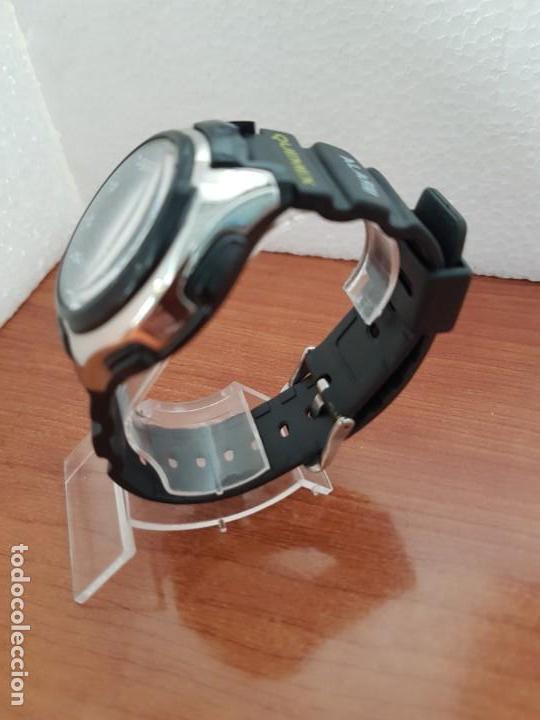 Relojes - Casio: Reloj caballero de cuarzo CASIO, modulo 3368 – AQ-163, caja de silicona y acero, correa de silicona - Foto 5 - 158133478