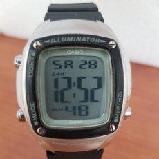 Relojes - Casio: RELOJ CABALLERO (VINTAGE) CASIO DIGITAL DE CUARZO EN ACERO, DÍGITOS EN GRANDE, CORREA DE SILICONA . Lote 178278240