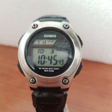 Relojes - Casio: RELOJ CABALLERO CASIO DIGITAL ACERO Y SILICONA, REFERENCIA 3091 - W-211, CORREA DE TELA SEGUNDA MANO. Lote 178600518