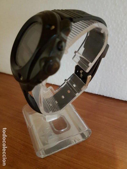 Relojes - Casio: Reloj caballero (Vintage) CASIO 1282. ALT-6200, altímetro, barómetro, termómetro, etc, correa goma - Foto 12 - 191041531