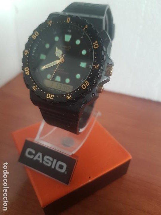 Relojes - Casio: Reloj caballero (Vintage) CASIO Analógico y digital, caja resina con tapa acero, correa silicona - Foto 6 - 191289503