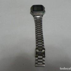 Relojes - Casio: RELOJ VINTAGE AÑOS 80 CASIO / FUNCIONANDO / VER FOTOS PARA VER DESGASTE Y FALTA DE CORREA. Lote 191633965