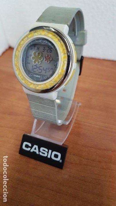 Relojes - Casio: Reloj (Vintage) CASIO digital de cuarzo, caja de silicona y acero con motivos, correa de silicona. - Foto 2 - 199120456