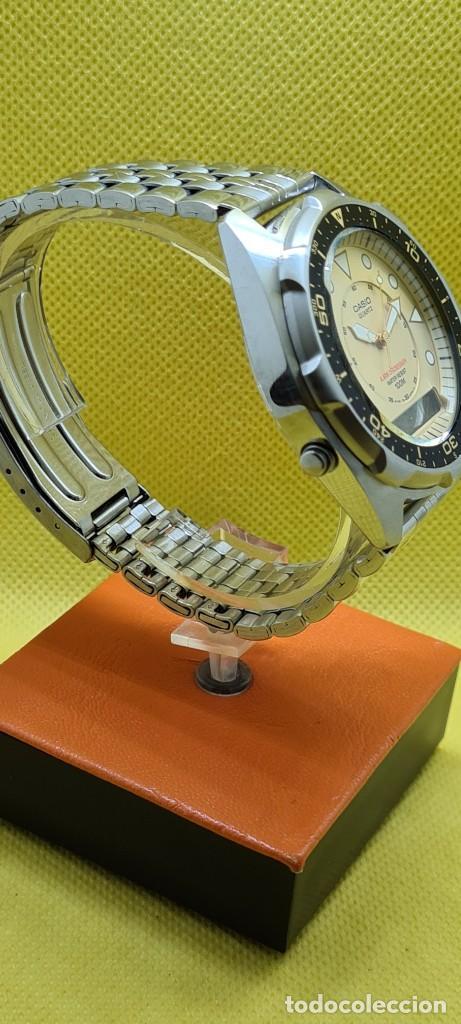 Relojes - Casio: Reloj caballero (Vintage) CASIO analógico y digital con alarma en acero, correa acero AMW 320C - 358 - Foto 8 - 248433850