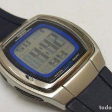 Relógios Casio: CASIO 2470 W-€10. FUNCIONANDO. Lote 262131900