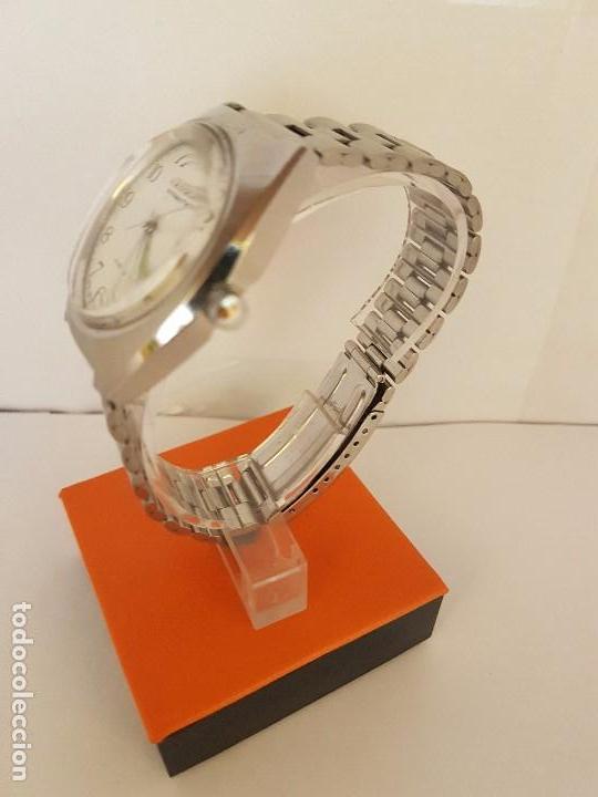 Relojes - Citizen: Reloj de caballero automático CITIZEN en acero, calendario a las tres horas, correa acero original - Foto 11 - 92280900