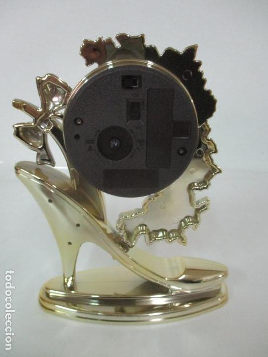Relojes - Citizen: Reloj de Sobremesa - Marca Citizen - con Caja y Certificado - Nuevo a Estrenar - Foto 9 - 162538390