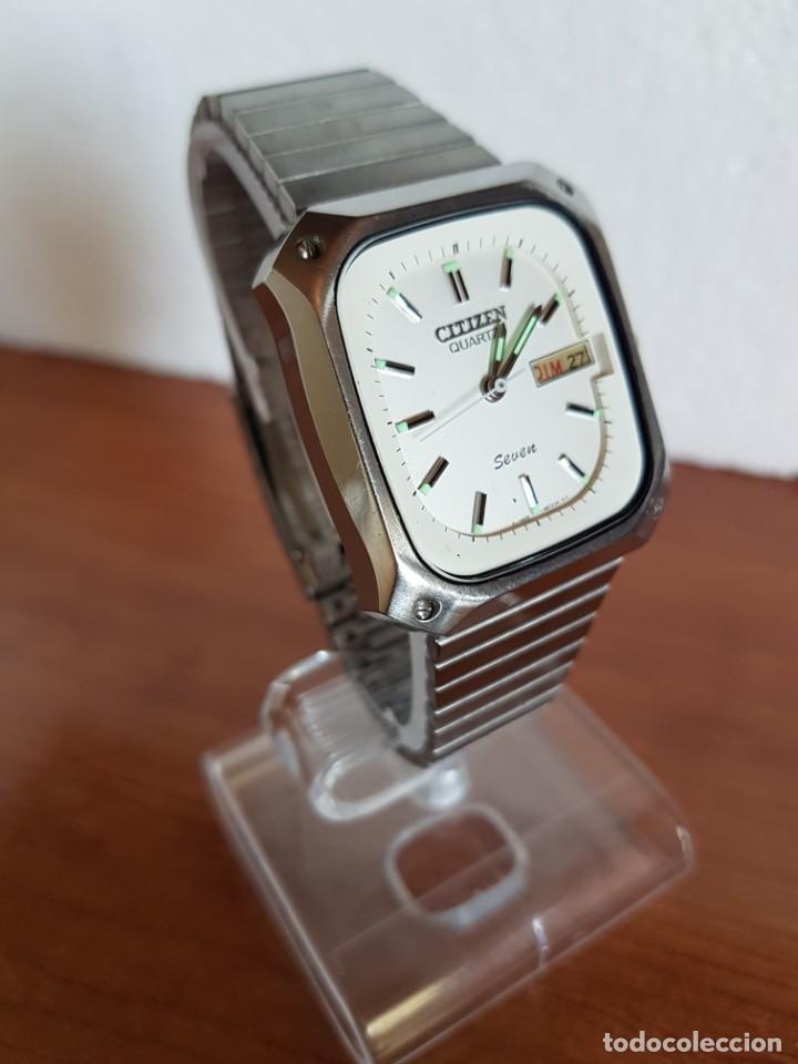 Relojes - Citizen: Reloj CITIZEN de cuarzo en acero con doble calendario, esfera blanca, correa acero original CITIZEN. - Foto 3 - 202652791