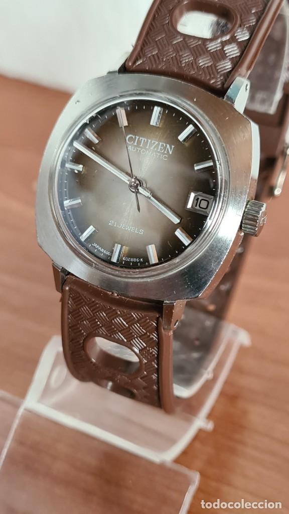 Relojes - Citizen: Reloj caballero, unisex (Vintage) CITIZEN automático 21 rubís con calendario, correa silicona marrón - Foto 2 - 242898760