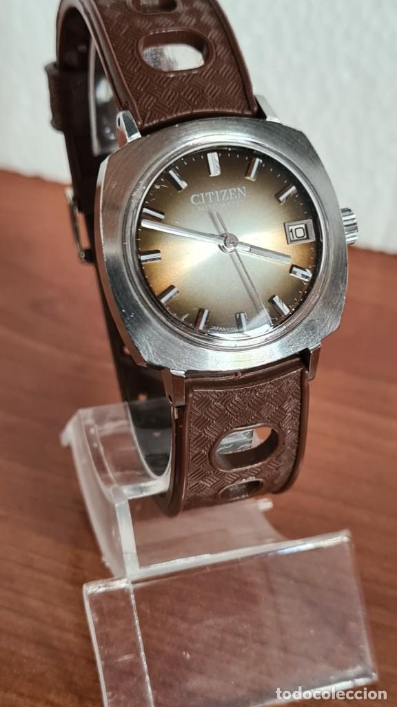 Relojes - Citizen: Reloj caballero, unisex (Vintage) CITIZEN automático 21 rubís con calendario, correa silicona marrón - Foto 3 - 242898760