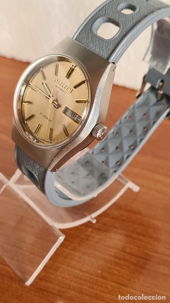 Relojes - Citizen: Reloj unisex (Vintage) CITIZEN acero automático 21 rubís con doble calendario, correa silicona gris. - Foto 4 - 242960155