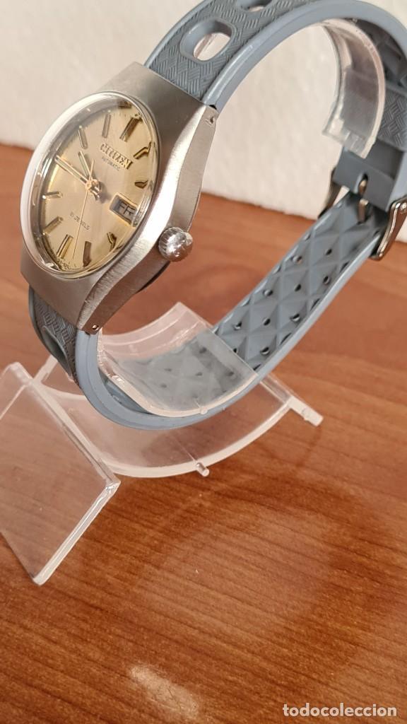 Relojes - Citizen: Reloj unisex (Vintage) CITIZEN acero automático 21 rubís con doble calendario, correa silicona gris. - Foto 6 - 242960155