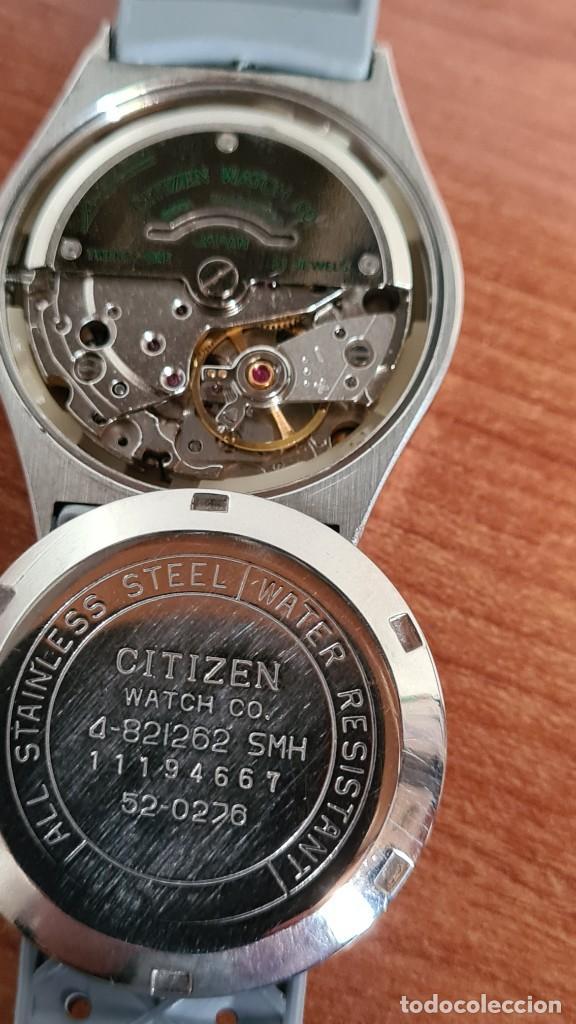 Relojes - Citizen: Reloj unisex (Vintage) CITIZEN acero automático 21 rubís con doble calendario, correa silicona gris. - Foto 15 - 242960155