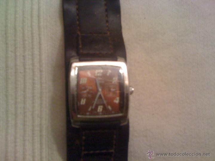 db2403983d77 Relojes - Fossil  Reloj FOSSIL de pulsera con correa de cuero. Funcionando  - Foto
