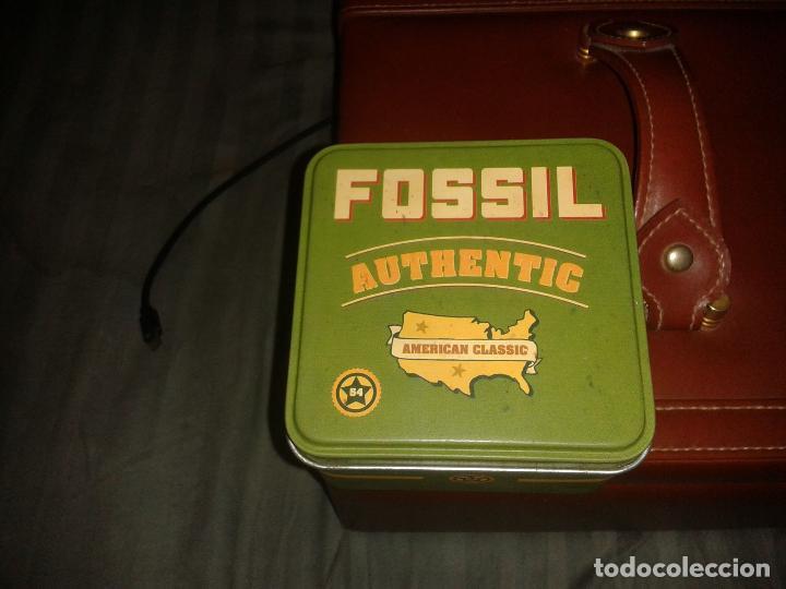Relojes - Fossil: ESPECTACULAR RELOJ BRAZALETE DE METAL MARCA FOSSIL. EN SU CAJA ORIGINAL. VER FOTOS. - Foto 3 - 130292010