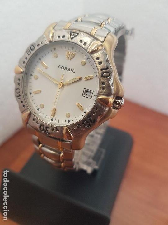 Relojes - Fossil: Reloj caballero FOSSIL cuarzo, caja acero y bicolor bisel fijo, esfera blanca, calendario, pulsera - Foto 2 - 154699798