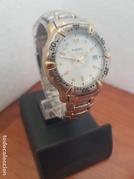 Relojes - Fossil: Reloj caballero FOSSIL cuarzo, caja acero y bicolor bisel fijo, esfera blanca, calendario, pulsera - Foto 3 - 154699798