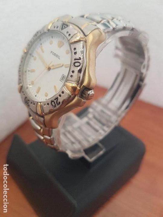 Relojes - Fossil: Reloj caballero FOSSIL cuarzo, caja acero y bicolor bisel fijo, esfera blanca, calendario, pulsera - Foto 4 - 154699798
