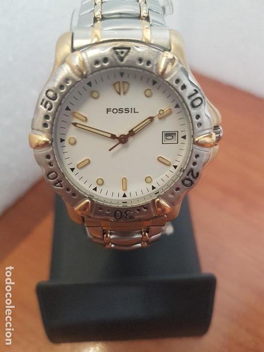 Relojes - Fossil: Reloj caballero FOSSIL cuarzo, caja acero y bicolor bisel fijo, esfera blanca, calendario, pulsera - Foto 8 - 154699798