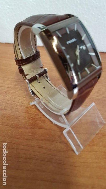 Relojes - Fossil: Reloj caballero FOSSIL de cuarzo en acero con calendario a las tres horas, correa cuero marrón. - Foto 5 - 199207937