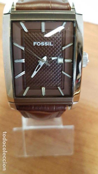 Relojes - Fossil: Reloj caballero FOSSIL de cuarzo en acero con calendario a las tres horas, correa cuero marrón. - Foto 12 - 199207937