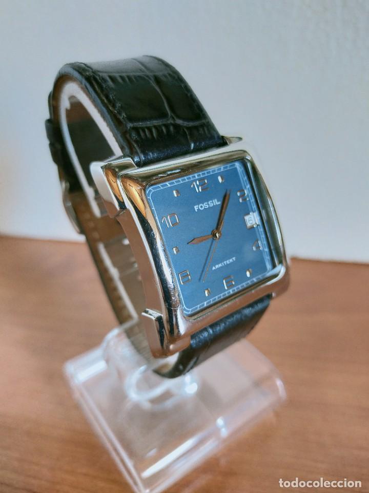 Relojes - Fossil: Reloj caballero FOSSIL de cuarzo acero con calendario a las tres horas, correa cuero negra segunda - Foto 3 - 213644068