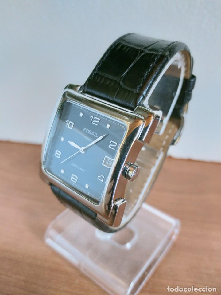 Relojes - Fossil: Reloj caballero FOSSIL de cuarzo acero con calendario a las tres horas, correa cuero negra segunda - Foto 4 - 213644068