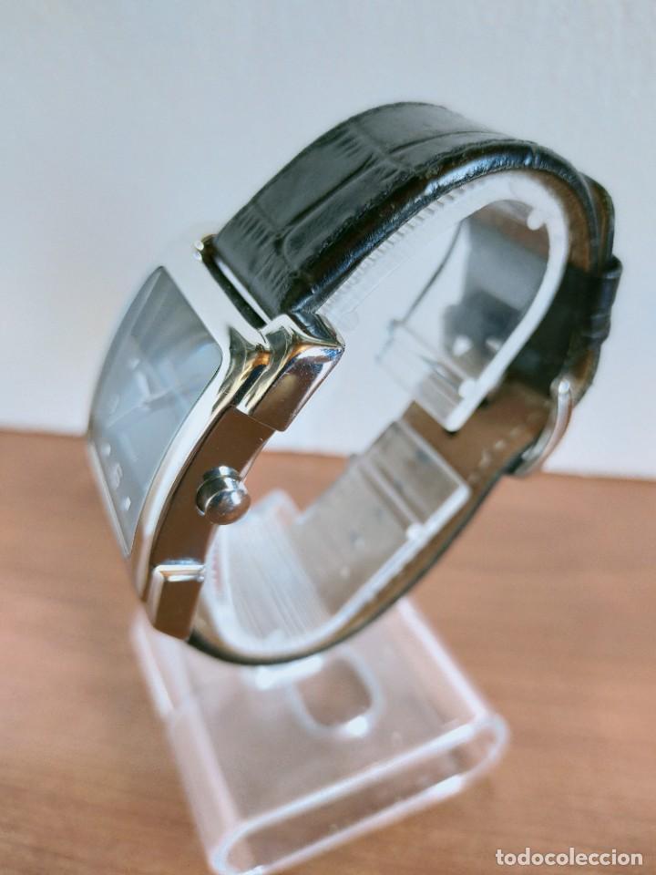 Relojes - Fossil: Reloj caballero FOSSIL de cuarzo acero con calendario a las tres horas, correa cuero negra segunda - Foto 6 - 213644068