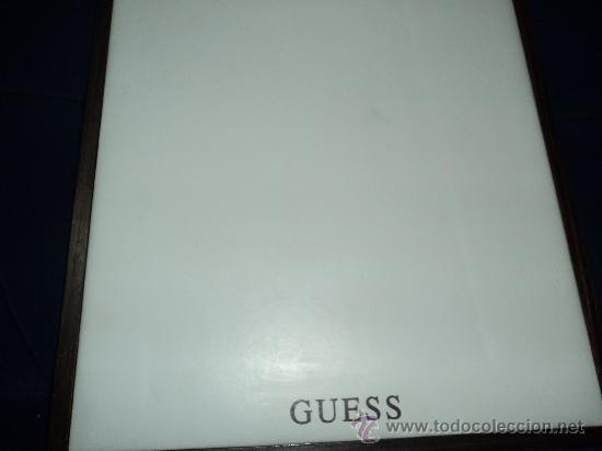 Relojes - Guess: LOTE DE TRES MUESTRARIOS DE GUESS. - Foto 3 - 33797742