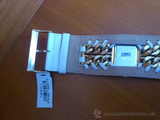Relojes - Guess: Reloj de mujer GUESS ( NUEVO A ESTRENAR ), Correa de cuero y caja de acero inoxidable bañado en oro - Foto 8 - 36667867