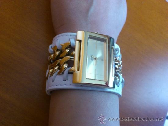 Relojes - Guess: Reloj de mujer GUESS ( NUEVO A ESTRENAR ), Correa de cuero y caja de acero inoxidable bañado en oro - Foto 10 - 36667867