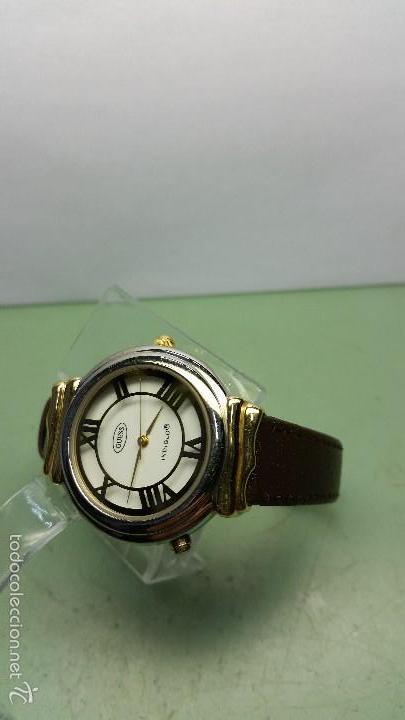 Relojes - Guess: Reloj de cuarzo unisex marca Guess indiglo con luz con correa de cuero marrón - Foto 5 - 57140238