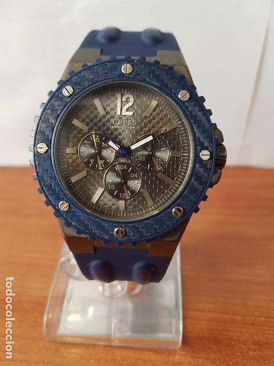 Relojes - Guess: Reloj caballero GUESS cuarzo multifunción corona de rosca, correa de silicona original azul Guess - Foto 2 - 122656447