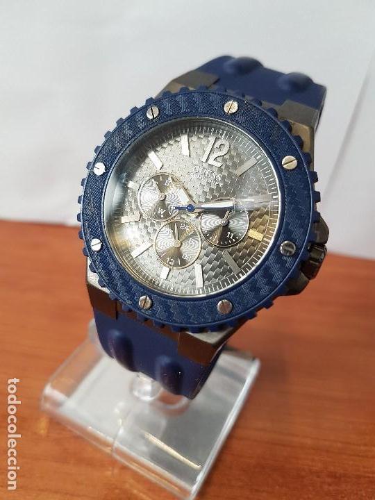 Relojes - Guess: Reloj caballero GUESS cuarzo multifunción corona de rosca, correa de silicona original azul Guess - Foto 5 - 122656447