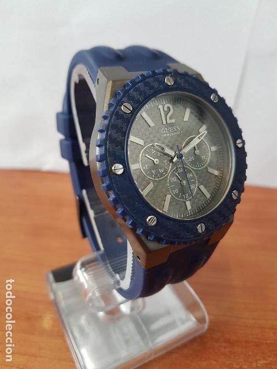 Relojes - Guess: Reloj caballero GUESS cuarzo multifunción corona de rosca, correa de silicona original azul Guess - Foto 7 - 122656447