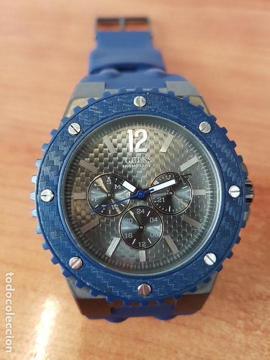 Relojes - Guess: Reloj caballero GUESS cuarzo multifunción corona de rosca, correa de silicona original azul Guess - Foto 9 - 122656447