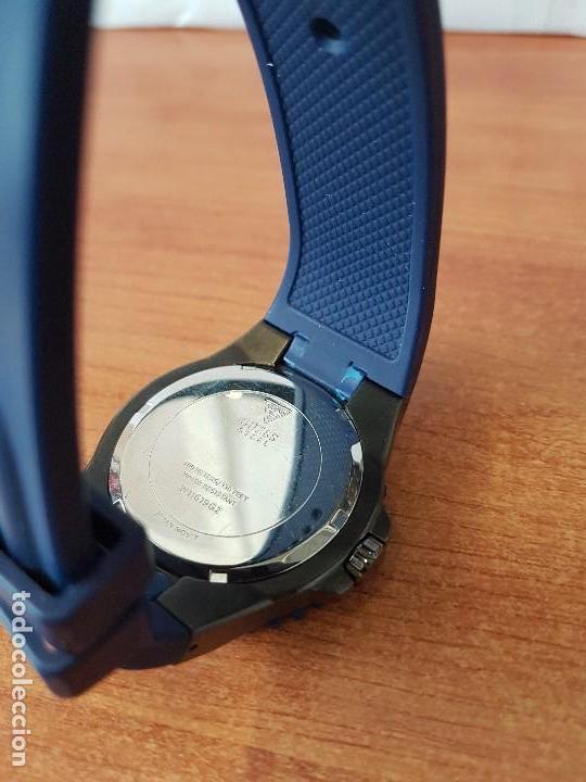 Relojes - Guess: Reloj caballero GUESS cuarzo multifunción corona de rosca, correa de silicona original azul Guess - Foto 12 - 122656447