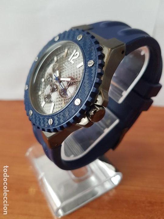 Relojes - Guess: Reloj caballero GUESS cuarzo multifunción corona de rosca, correa de silicona original azul Guess - Foto 15 - 122656447