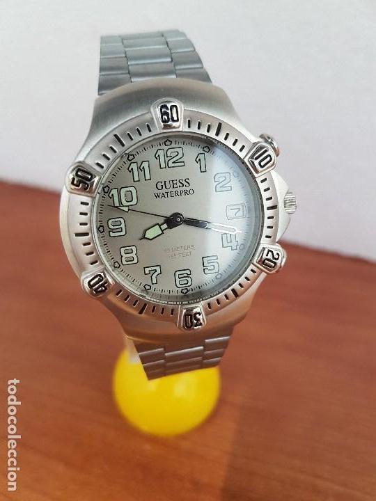 Relojes - Guess: Reloj caballero GUESS de cuarzo acero con calendario a las tres, bisel giratorio con correa de acero - Foto 6 - 129181991