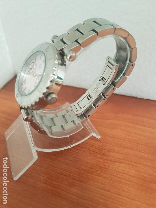 Relojes - Guess: Reloj GUESS de cuarzo con máquina Suiza multifunción, esfera de nacar, corona rosca, correa original - Foto 4 - 142988570