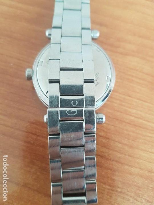 Relojes - Guess: Reloj GUESS de cuarzo con máquina Suiza multifunción, esfera de nacar, corona rosca, correa original - Foto 11 - 142988570